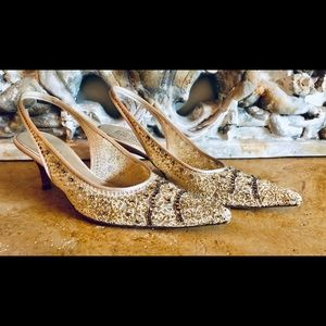 Badgley Mishka gold lace evening shoes